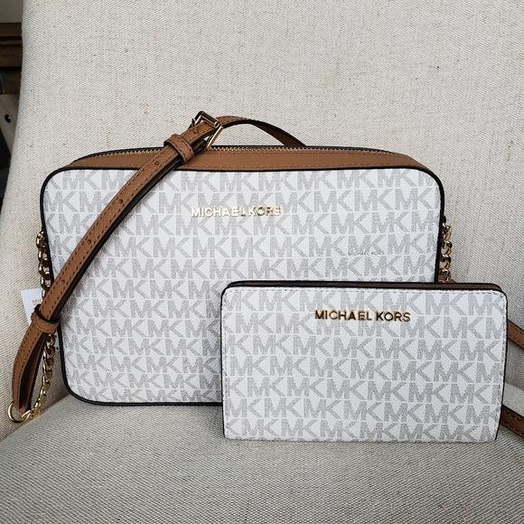 407f15b39c41 MICHAEL Michael Kors Bags | Nwt Michael Kors Crossbody Bag And ...